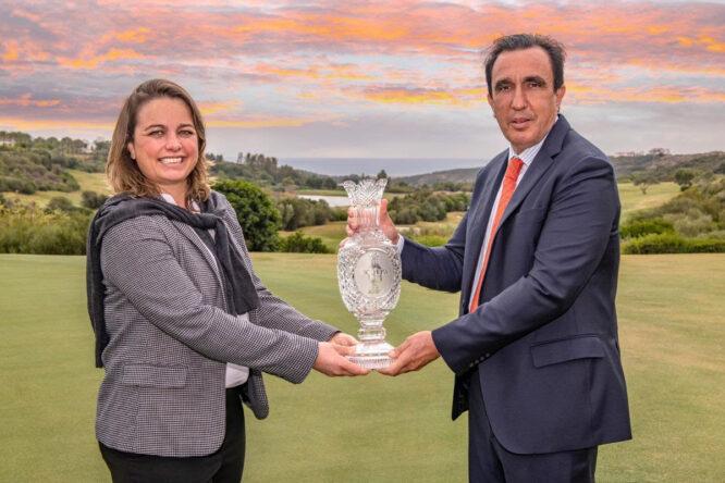 Alexandra Armas, directora ejecutiva del Ladies European Tour, y Vicente Rubio, director general de Finca Cortesín.