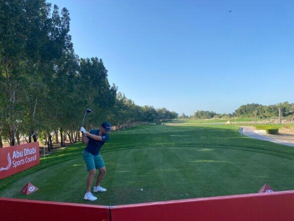 Justin Rose durante la ronda de prácticas en Abu Dhabi. © Ten Golf