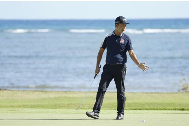 Kevin Na durante la tercera jornada del Sony Open in Hawaii. © Cliff Hawkins/Getty Images