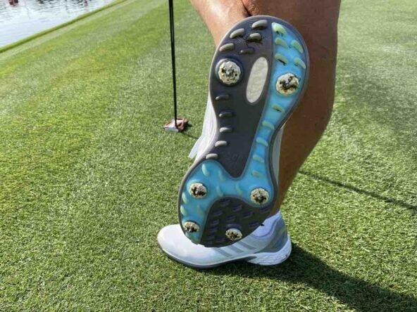 Los zapatos que lleva Sergio García esta semana en Dubai. © Ten Golf