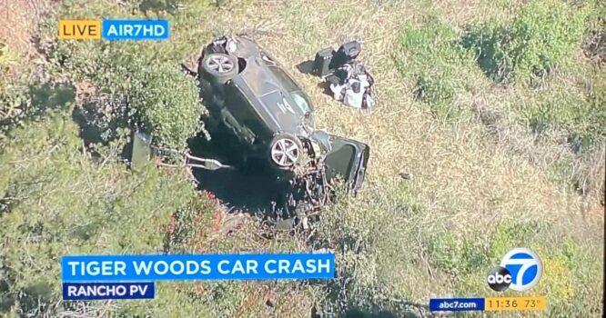 El coche en el que se ha accidentado Tiger Woods
