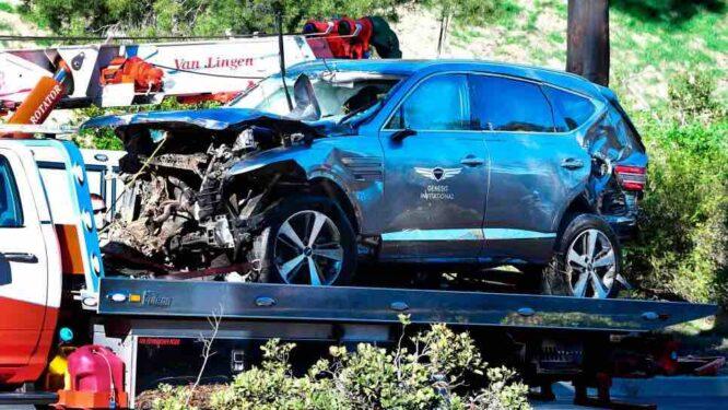 Así quedó el coche de Tiger Woods tras el grave accidente en Los Ángeles.