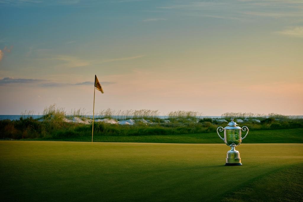 Wanamaker Trophy © Getty Images