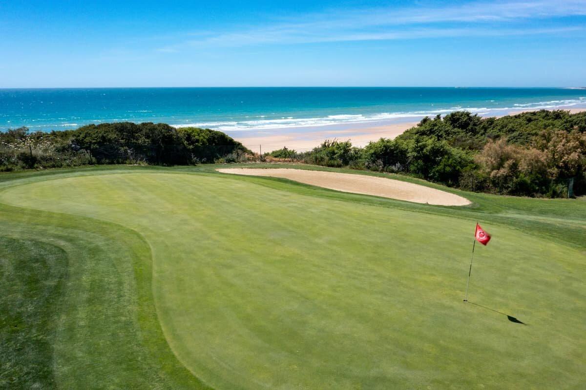 Hoyo 6 del Real Novo Sancti Petri Golf Club